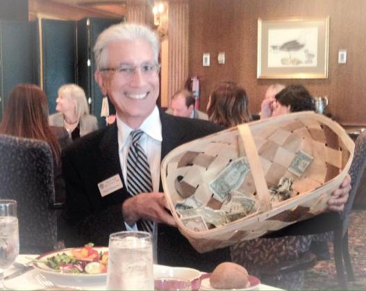 Stann Givens FL Inn happy dollars